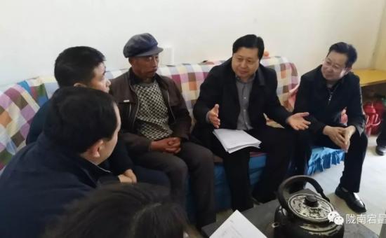 市委副书记刘永升在宕昌调研精准扶贫等工作
