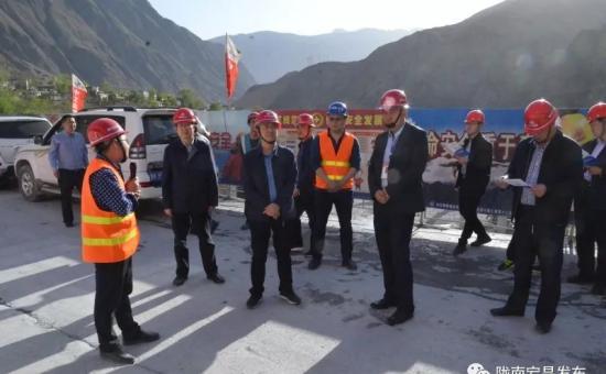 副市长霍子俊深入宕昌县调研渭武高速等交通重点建设项目